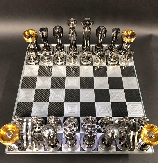 01.red_bull_collection_chess_set.jpg