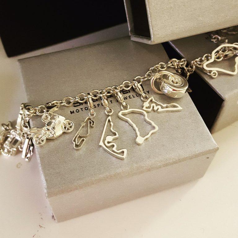 abu-dhabi-silver-charm-2-768x768